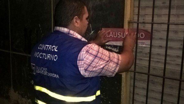 En Lomas clausuaron cinco locales por vender bebidas alcohólica sin licencia
