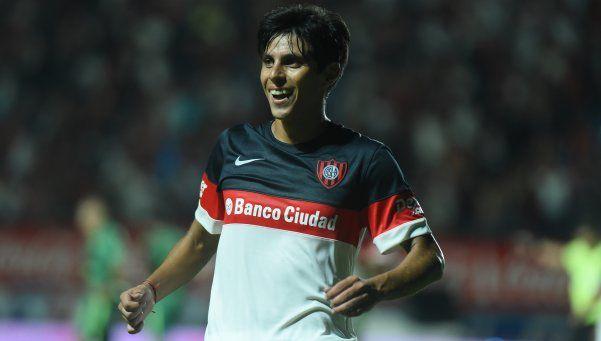 San Lorenzo festejó en la última jugada y prolongó la alegría