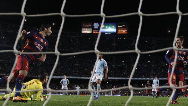 Suárez, el intruso en el histórico penal del Barcelona