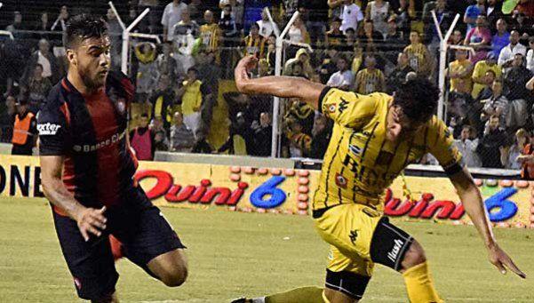 Bahía Blandi: dos goles del delantero para rozar el Olimpo