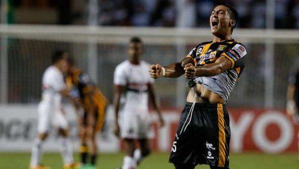 Por el grupo de River, The Strongest hizo historia y venció a Sao Paulo en Brasil