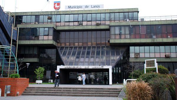 Denuncia por vandalismo en la Municipalidad de Lanús