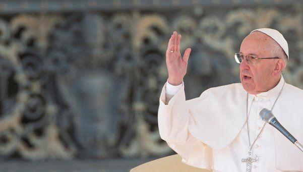Francisco: El hombre se esfuerza en destruir el mundo