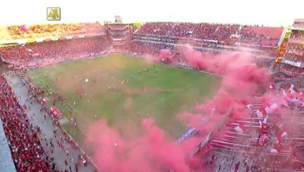 Así fue la salida de los equipos en el clásico de Avellaneda