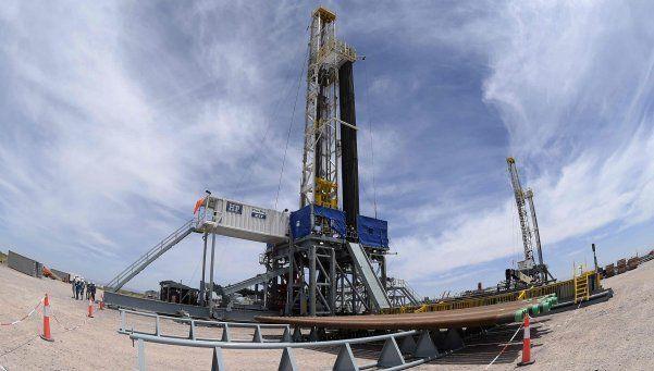 YPF entregó la copia del contrato con Chevron a la Justicia