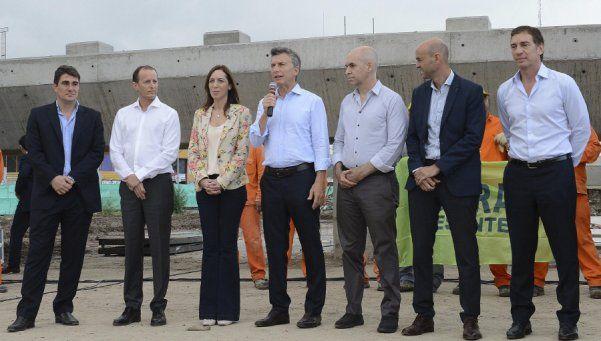 Insaurralde le pidió a Macri presentar una solución seria para Ganancias