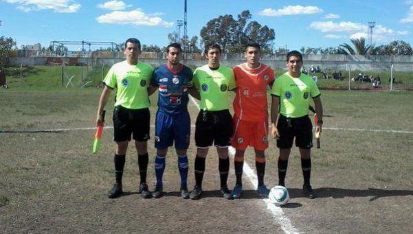 Deportivo Paraguayo: El duelo regional se juega en Munro