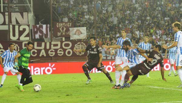 Lanús se impuso a Atlético y es el único con puntaje ideal
