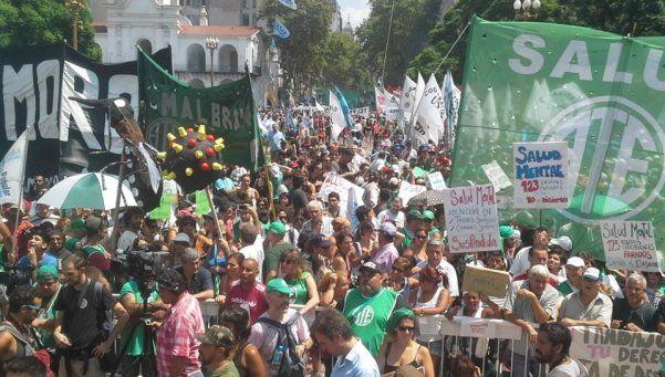Paro de ATE: multitudinaria manifestación en Plaza de Mayo