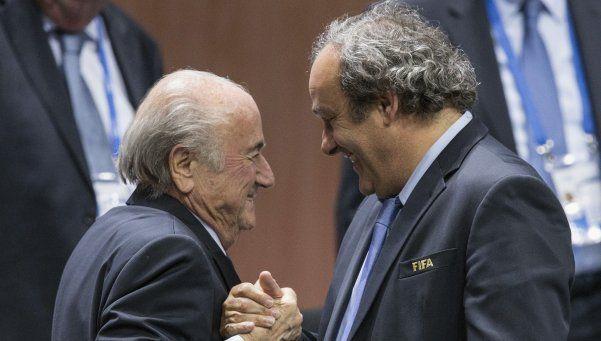 Redujeron las sanciones de Blatter y Platini en FIFA
