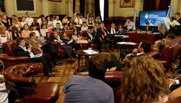 Acuerdo con el massismo para derogar un DNU de Cristina