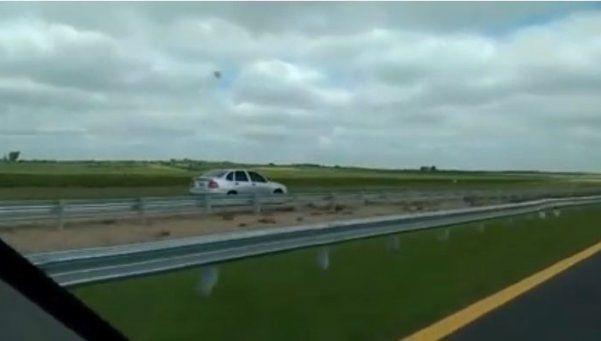 Video | A contramano por la autopista