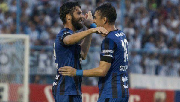 Atlético Tucumán es sensación: goleó a Rafaela y acecha la cima