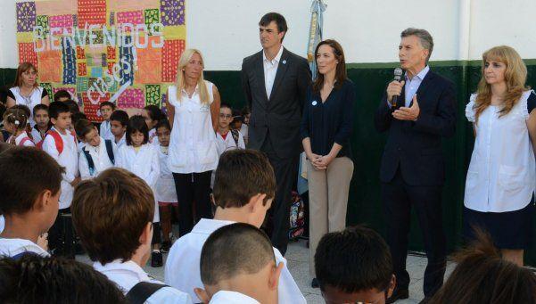 Macri inauguró el ciclo lectivo en Lanús: en 8 provincias no hay clases