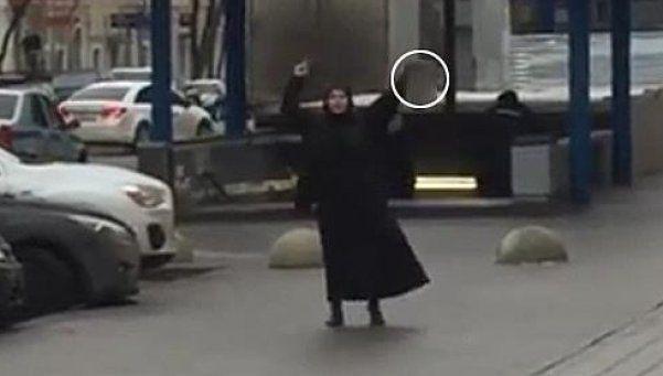 Rusia: decapitó a niña y se paseó con su cabeza por la calle