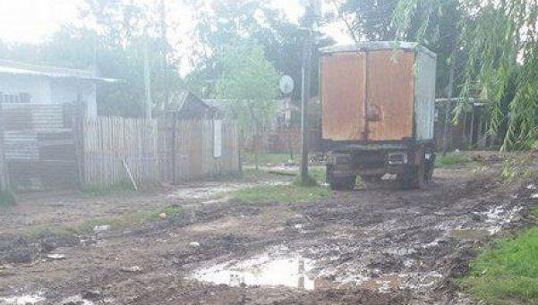 Vecinos de Varela están sin agua hace casi un mes