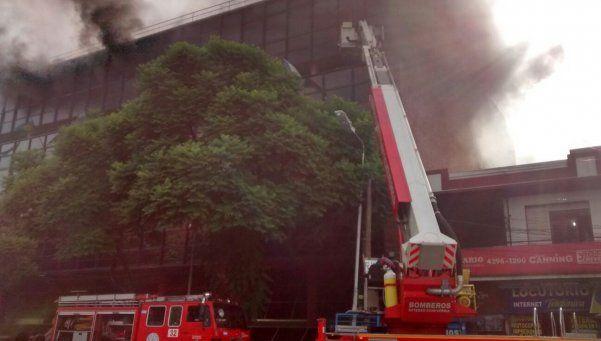 Palacio municipal de Echeverría afectado por un grave incendio