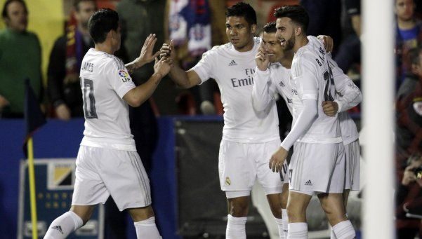 Real Madrid ganó, pero sigue en deuda con el fútbol