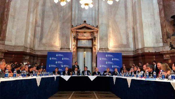 Rosatti defendió postulación durante casi 6 horas en el Senado