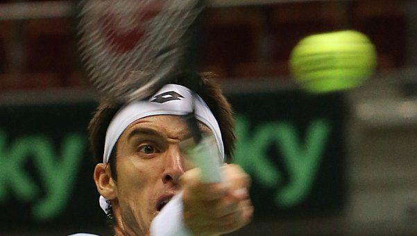 Mayer ganó y Argentina se impone 2-0 ante Polonia en la Davis