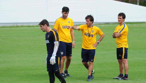 Guillermo cambia el equipo: entran Bentancur y Palacios, salen Meli y Chávez