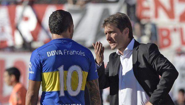Con Guillermo, Tevez todavía es más 10 que 9