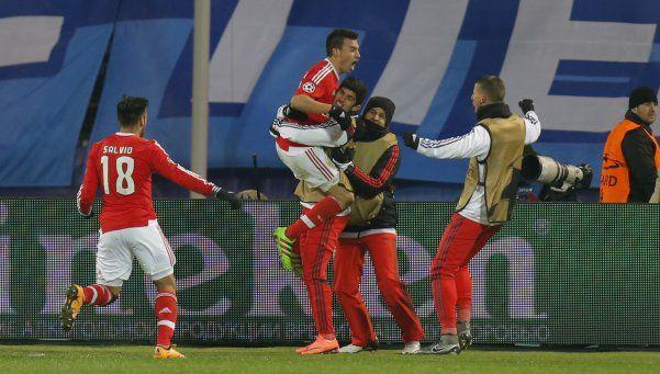 Champions: Benfica, con un gol de Gaitán, avanzó de ronda