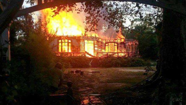 A horas de homenajear a Pappo, se le incendió la casa a Vitico