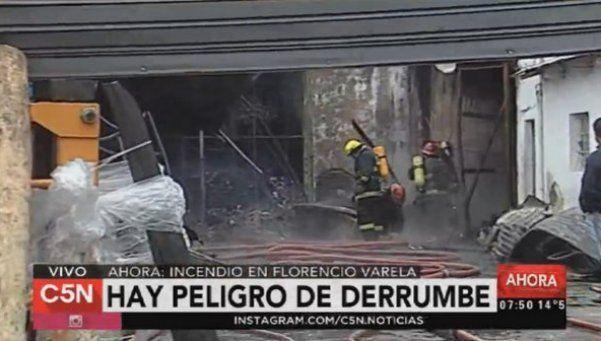 Incendio en Florencio Varela: trabajaron más de 15 dotaciones de bomberos
