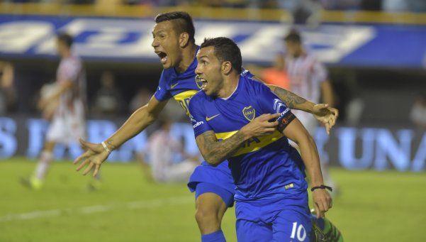 La explosión de La Bombonera en el gol de Tevez