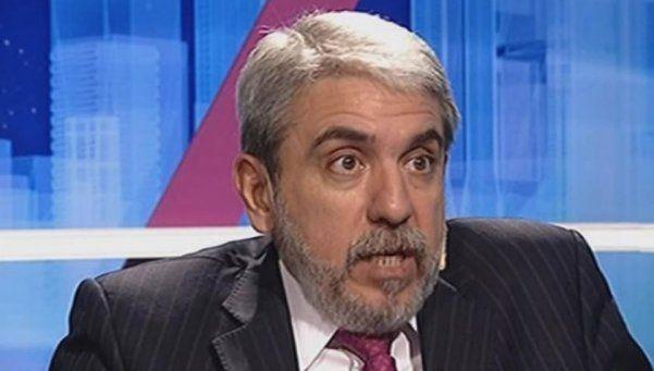 """Aníbal Fernández: """"Cristina sería incapaz de robar un peso"""""""