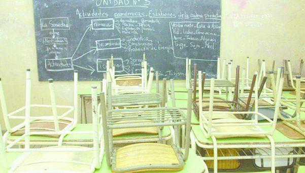 Escuelas secundarias de Lanús todavía no comenzaron las clases