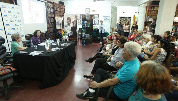 Libro sobre una  fundadora de Abuelas de Plaza de Mayo