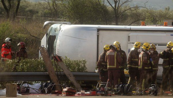 Murieron trece estudiantes en un accidente en España