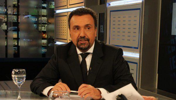 Roberto Navarro denunció presión del Gobierno para censurar informe
