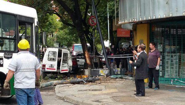 Chocaron dos colectivos, una camioneta y un taxi: 18 heridos