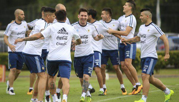 Eliminatorias: la Selección argentina tuvo su primer entrenamiento