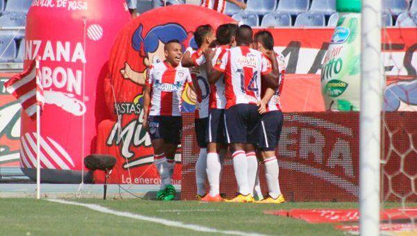 Fútbol sudamericano: Junior se despega del pelotón