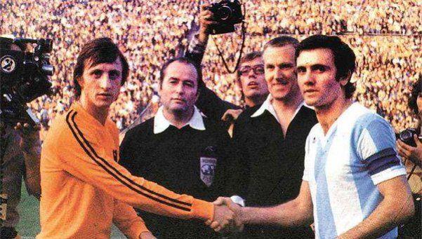 Una pesadilla: Cruyff, invicto contra equipos argentinos