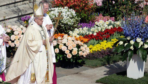 Francisco instó a Europa a abrir sus fronteras en el mensaje de Pascua