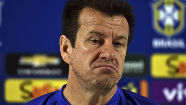 Brasil despidió a Dunga por el fracaso en la Copa América