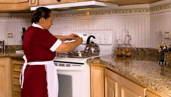 Apuran las paritarias de las empleadas domésticas