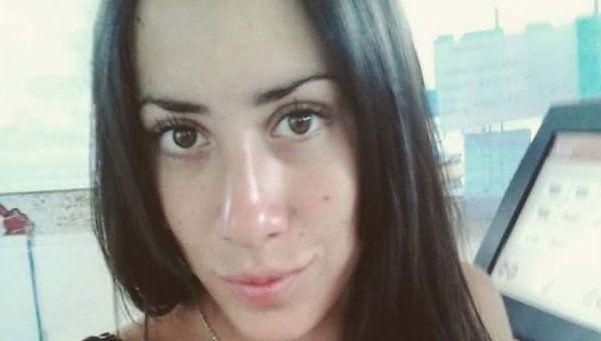 Encuentran asesinada a una joven y detienen al ex novio