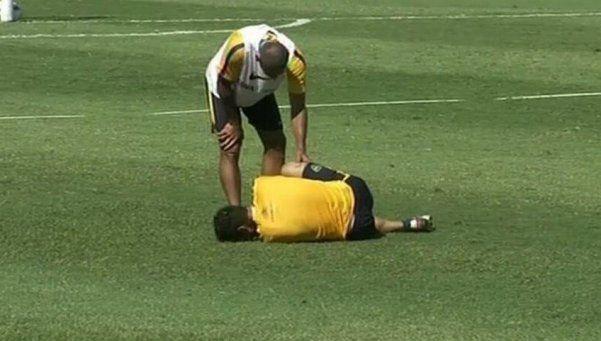 Osvaldo se resintió de su fractura en el pie derecho