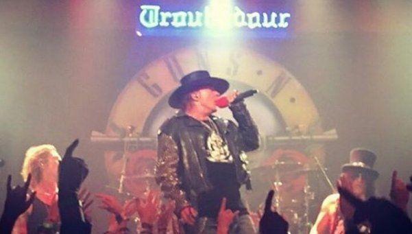 Los Guns N Roses volvieron a tocar juntos en un show sorpresa