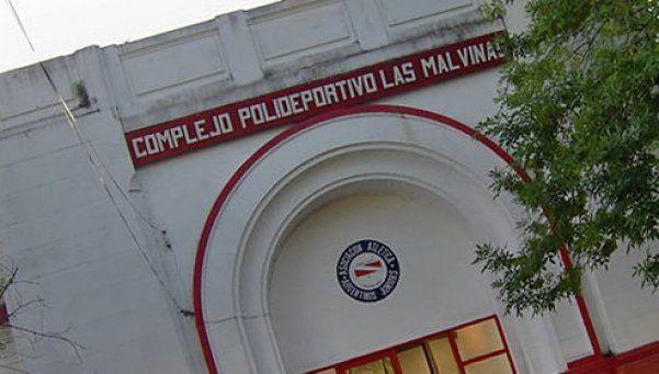 Argentinos Juniors prohibió la entrada al club con insignias británicas