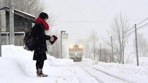 Evitaron cerrar una estación de tren para que ella pudiera estudiar