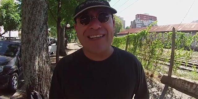 Tinelli, el inventor del tiragomas: otro capítulo de Elio Rossi
