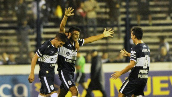 Con Alfaro en el banco, Gimnasia venció a Quilmes