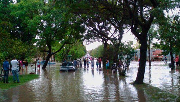 Más de 600 evacuados en Entre Ríos por las lluvias
